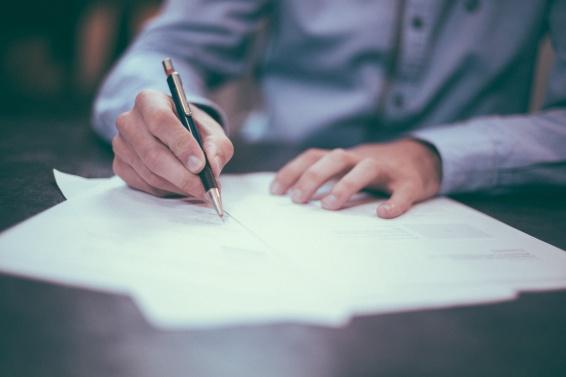 Corporate trustee vs Individual trustee - 10 Things to Consider